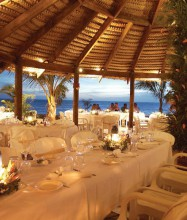 castway-resort-fiji-wedding-photo2