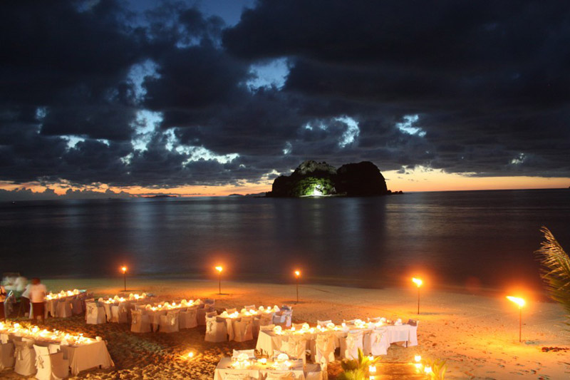 beach wedding at night