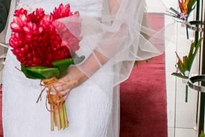 fiji-wedding-bouquet-red-flowers