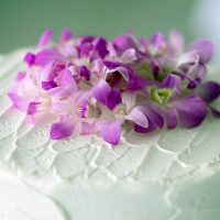 fiji-wedding-cake-flowers