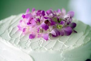 fiji-wedding-cake-flowers