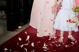fiji-wedding-flower-girl-ideas