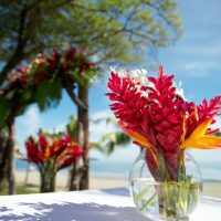 flower-centrepiece-fiji-wedding