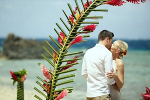 wedding-arch-fiji