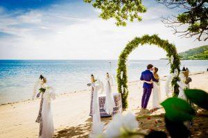 Malolo Island Resort – Beach Wedding