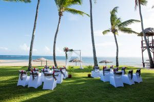 Outrigger Fiji Beach Resort – Beachfront Wedding