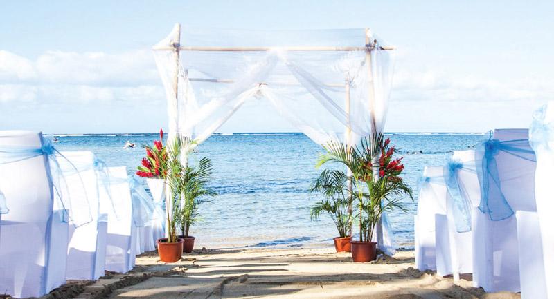 f79f3b1df1 Fiji Wedding Packages 2018 / 2019 - Outrigger Resort Fiji