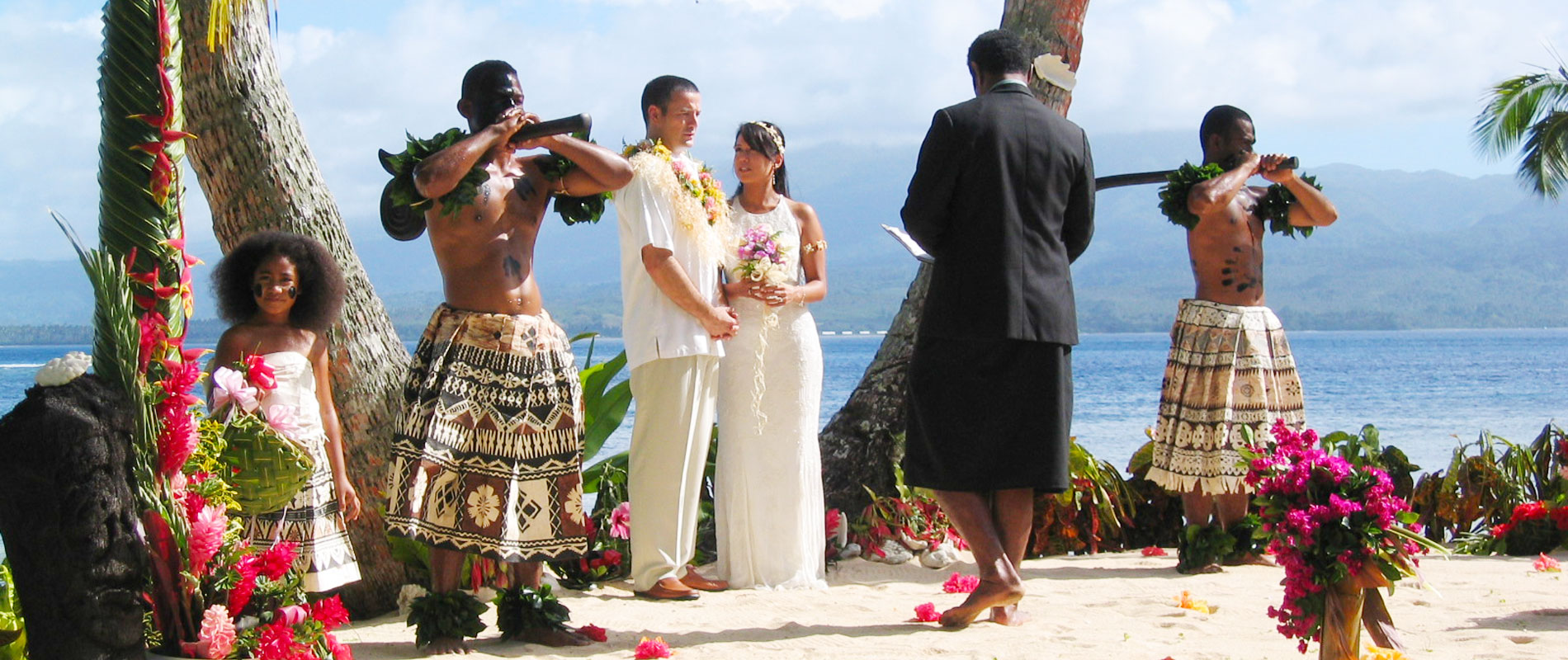 qamea resort spa wedding vow renewal ceremony